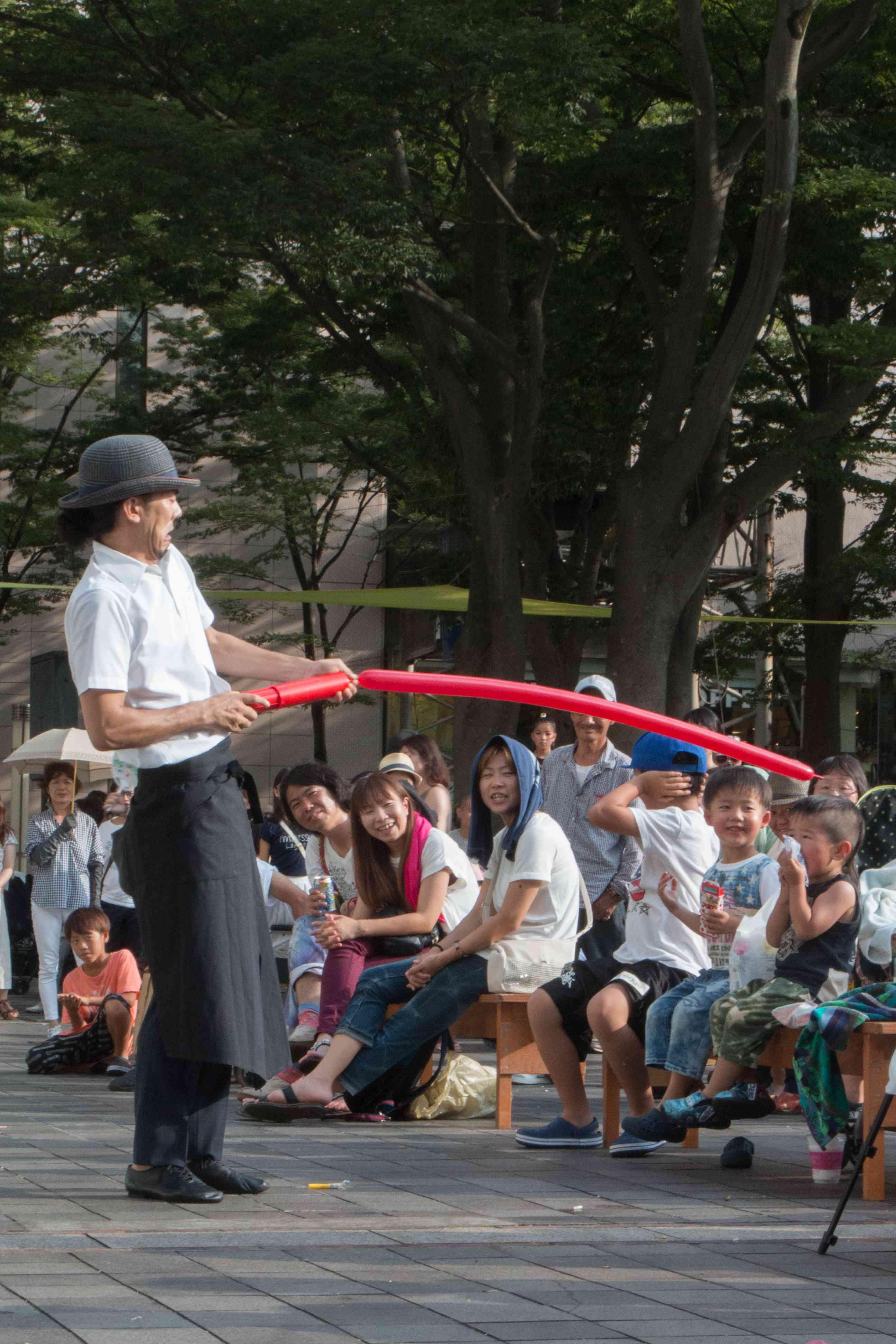 千葉駅前のフェスティバルに出演