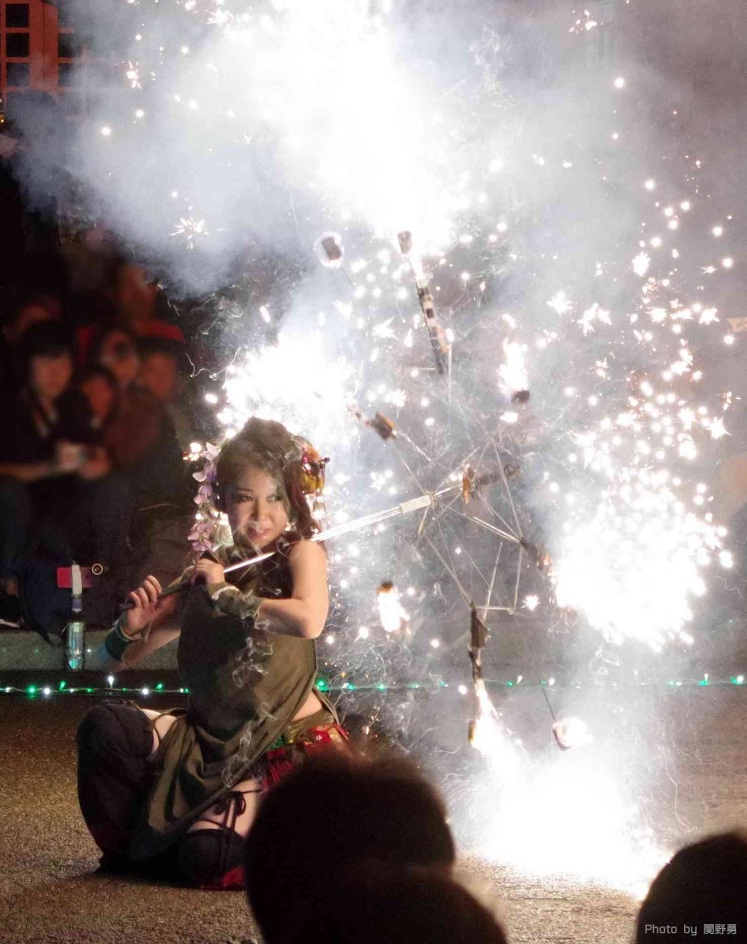 大須大道町人祭の火付盗賊ファイアーショー