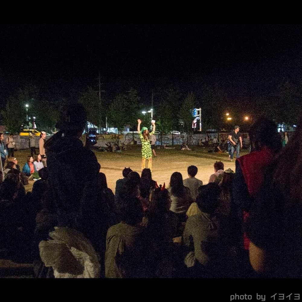 チュンチョン国際マイムフェスティバル(韓国) でChataの大道芸