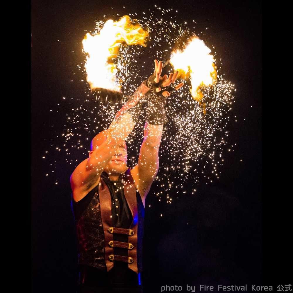 韓国ファイアーフェスティバルの花火