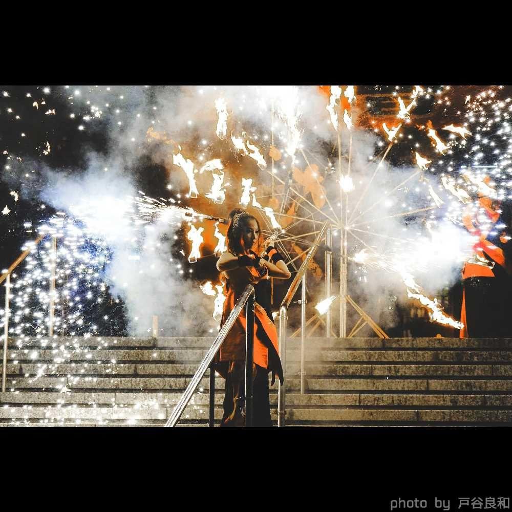 大道芸フェス大須大道町人祭の大須観音前で花火ファイアーショー