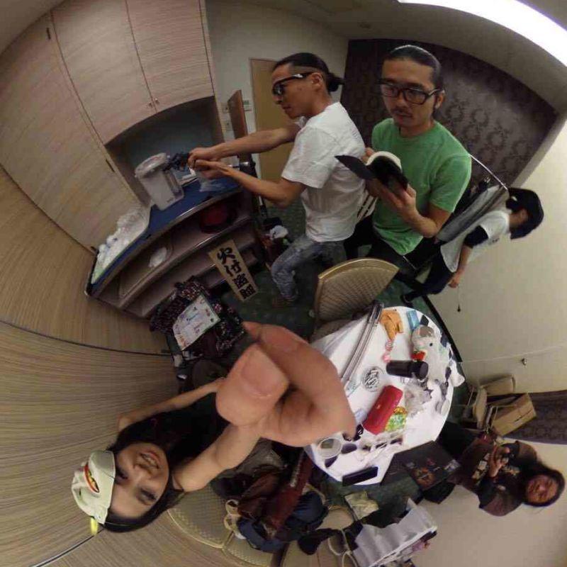 ホテルニューオータニのイベント控室でパフォーマンスリハーサル