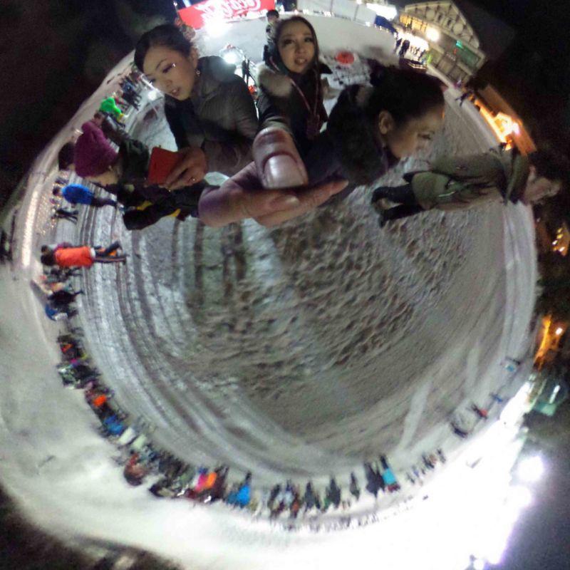 野沢温泉村スキー場ゲレンデでファイアーパフォーマンス