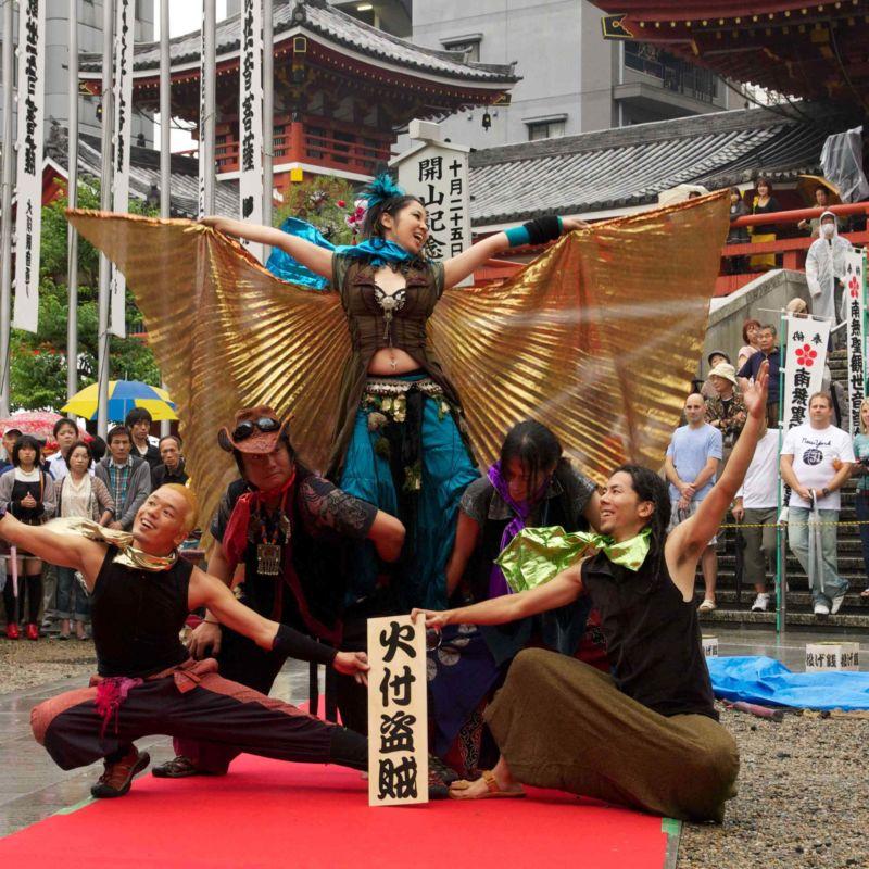 大須大道町人祭で火付盗賊ファイアーパフォーマンス