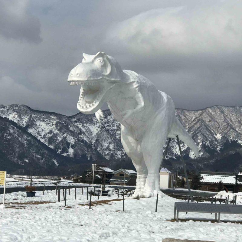 極寒のスキージャム勝山で雪山ファイアーショー