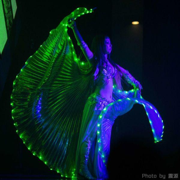 アゲハ東京の17周年イベントでAlphaPortalの盛り上げライトパフォーマンス